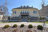 1949 Madison Road, Cincinnati, OH 45206