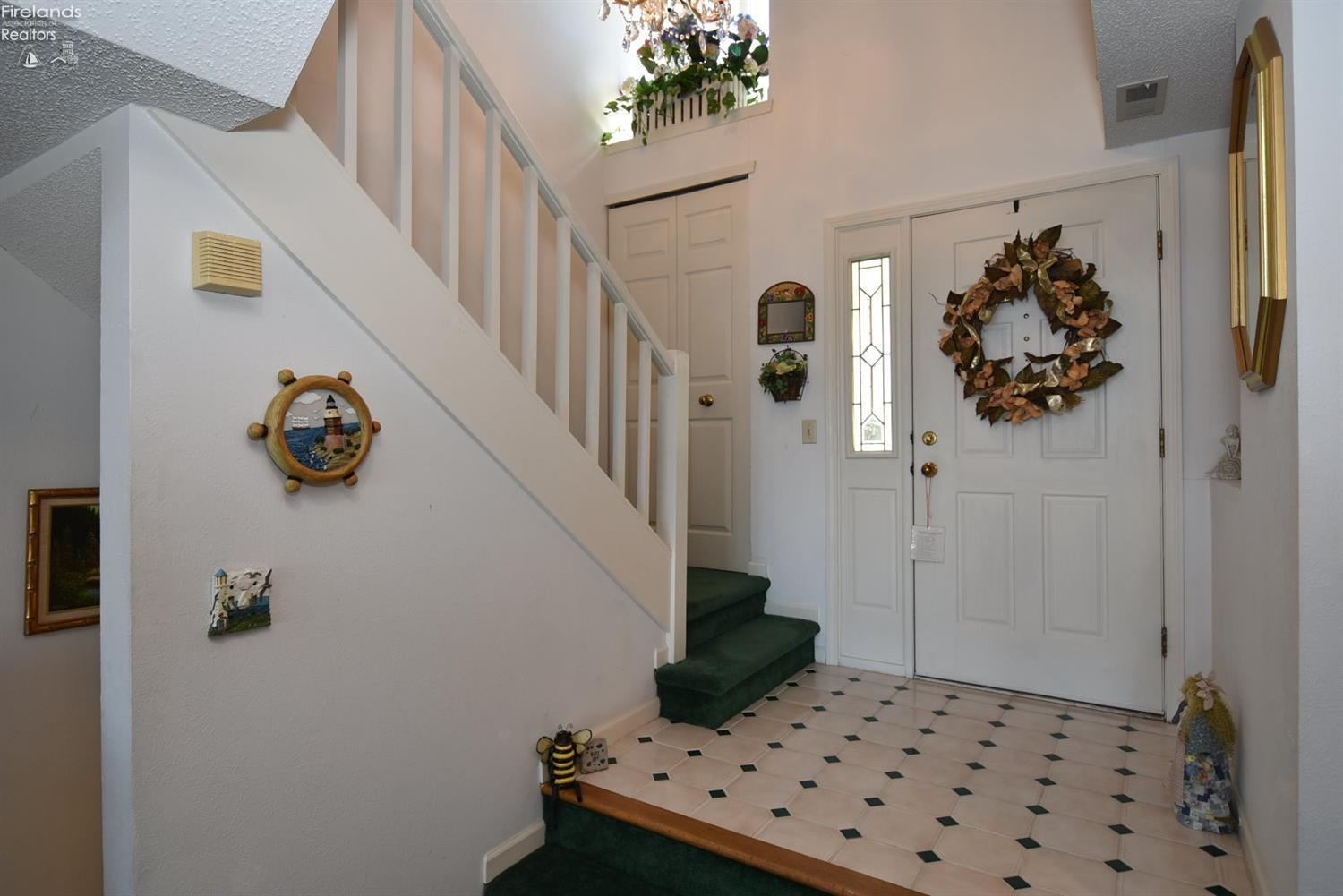 616 MONUMENT VIEW, MARBLEHEAD, OH 43440  Photo 7
