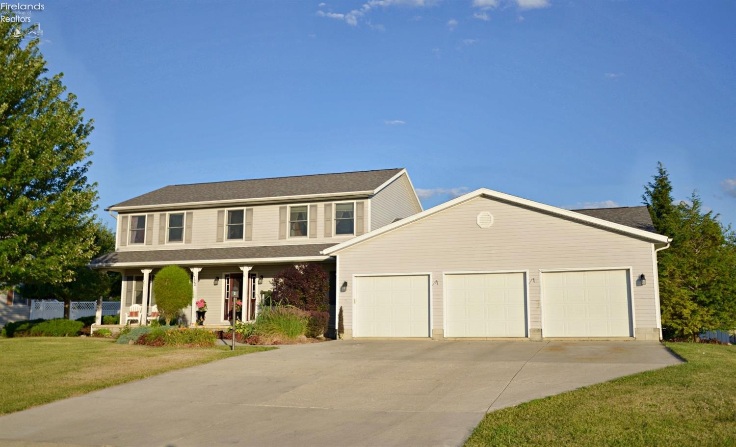 1722 DRIFTWOOD DRIVE, TIFFIN, OH 44883  Photo 2