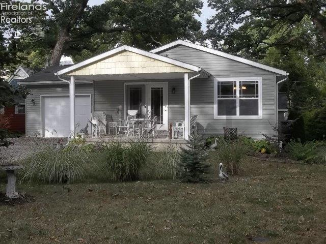 650 CENTRAL AVENUE, LAKESIDE, OH 43440
