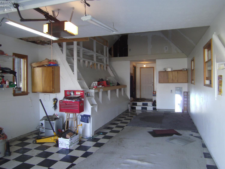 114 GEAUGA, HURON, OH 44870  Photo 25
