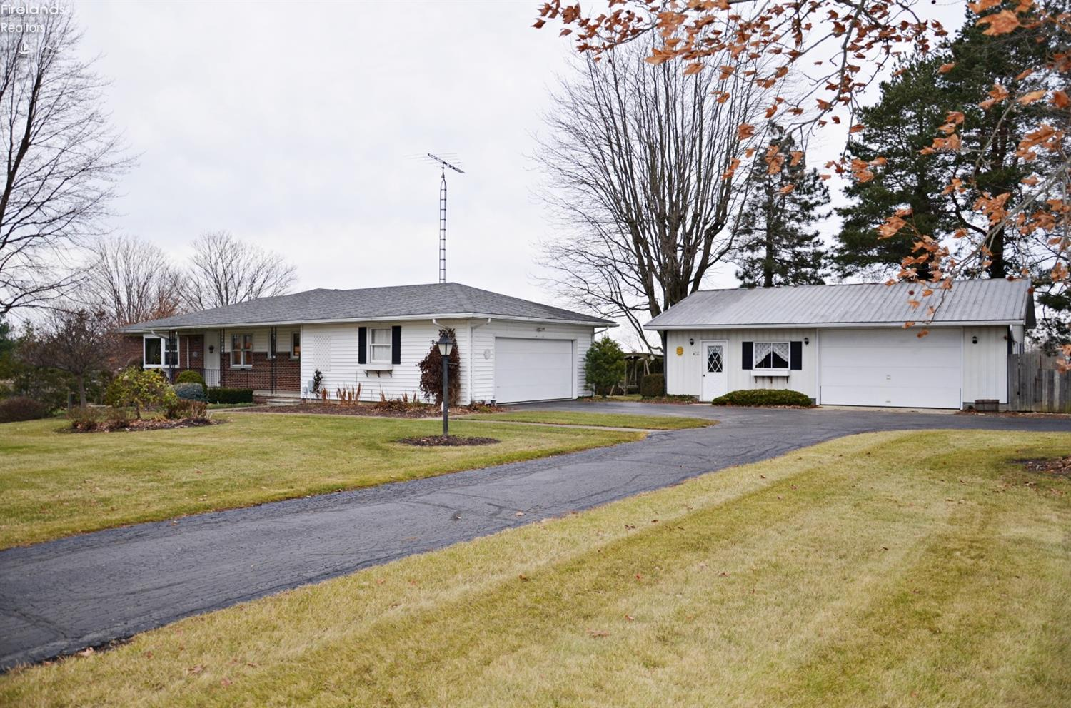 4117 W TOWNSHIP RD 98, TIFFIN, OH 44883  Photo 2