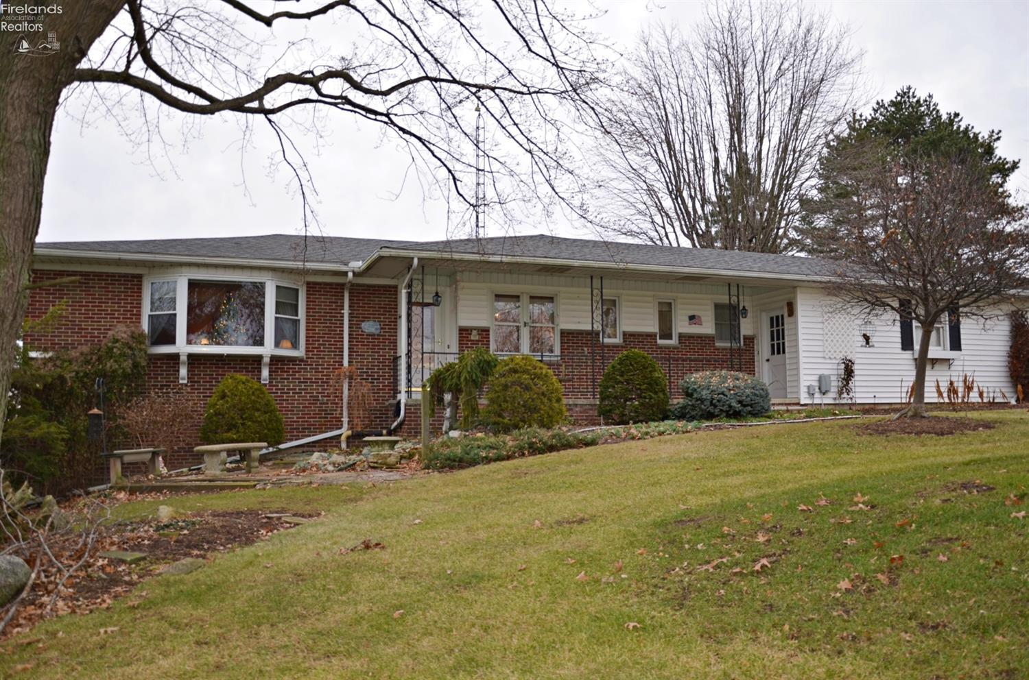 4117 W TOWNSHIP RD 98, TIFFIN, OH 44883  Photo 4