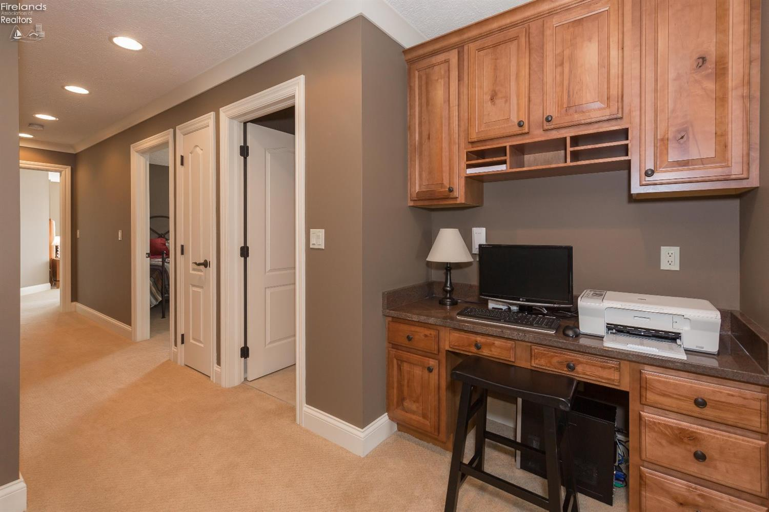 6920 E SUNVIEW #18, MARBLEHEAD, OH 43440  Photo 8