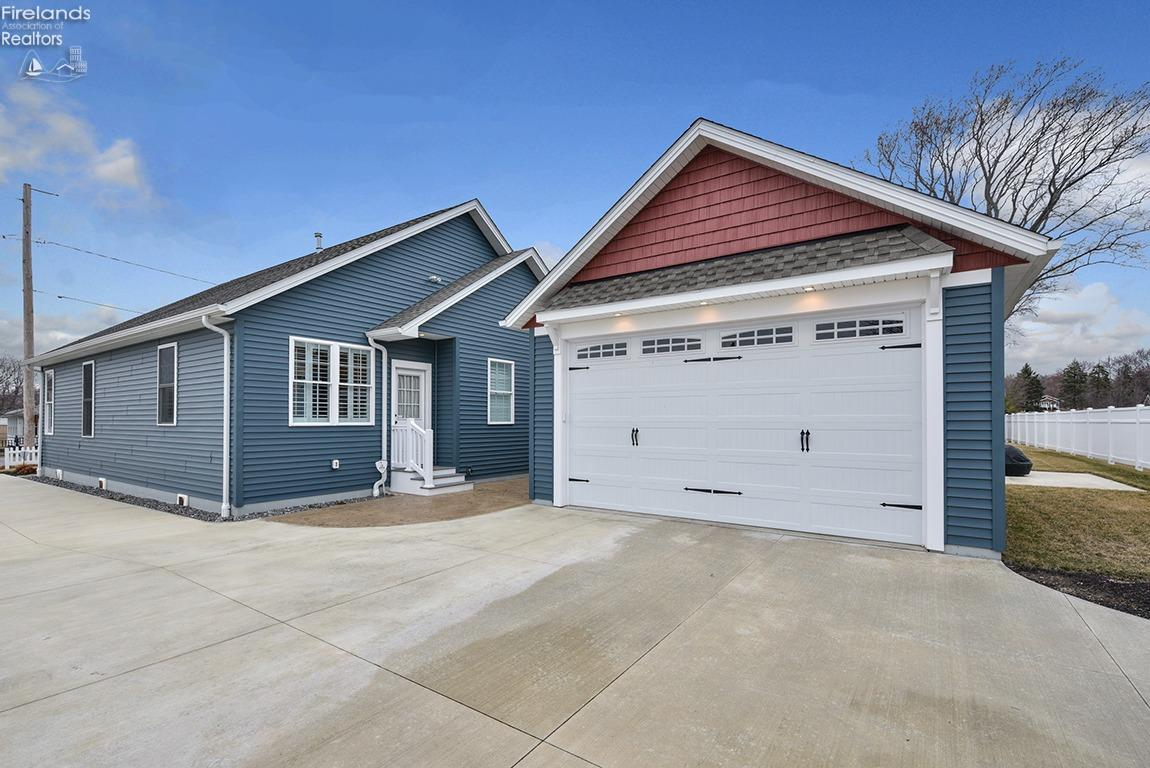 2101 S BAYVIEW, MARBLEHEAD, OH 43440  Photo 3