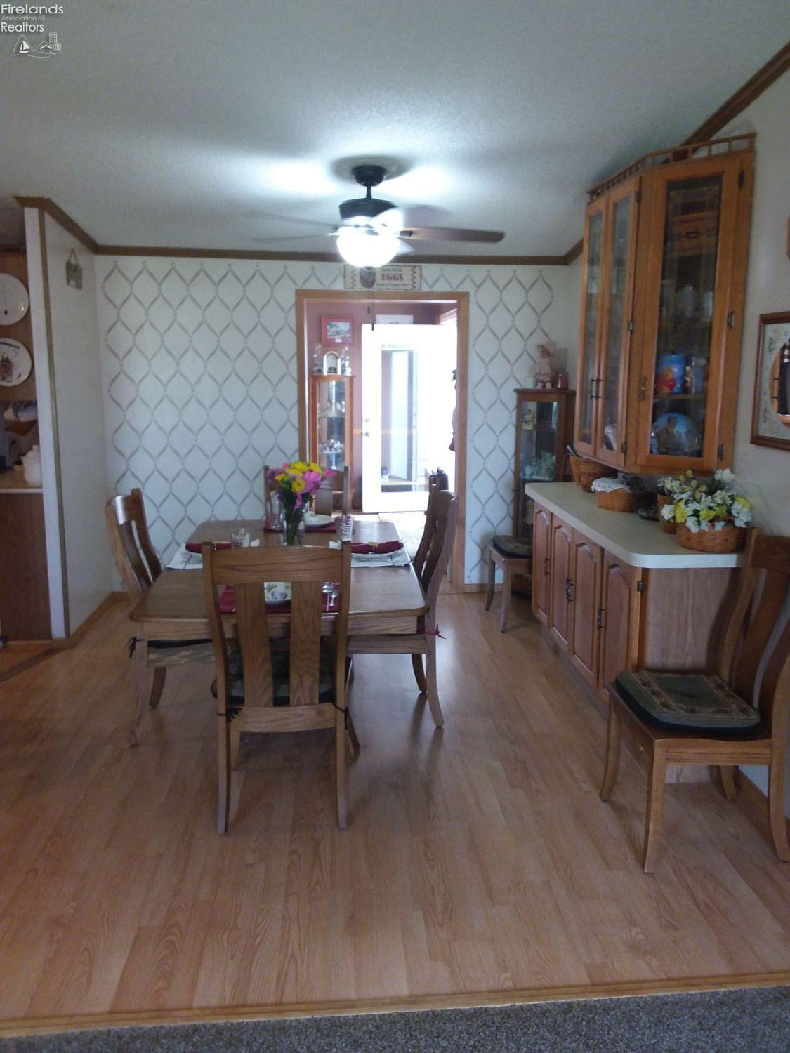 1860 COUNTY ROAD 220, CLYDE, OH 43410  Photo 9