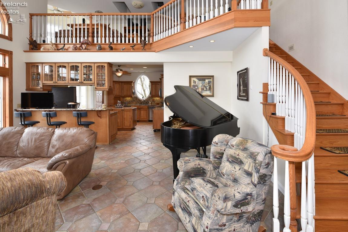 4081 QUARRYSTONE COURT, MARBLEHEAD, OH 43440  Photo 12