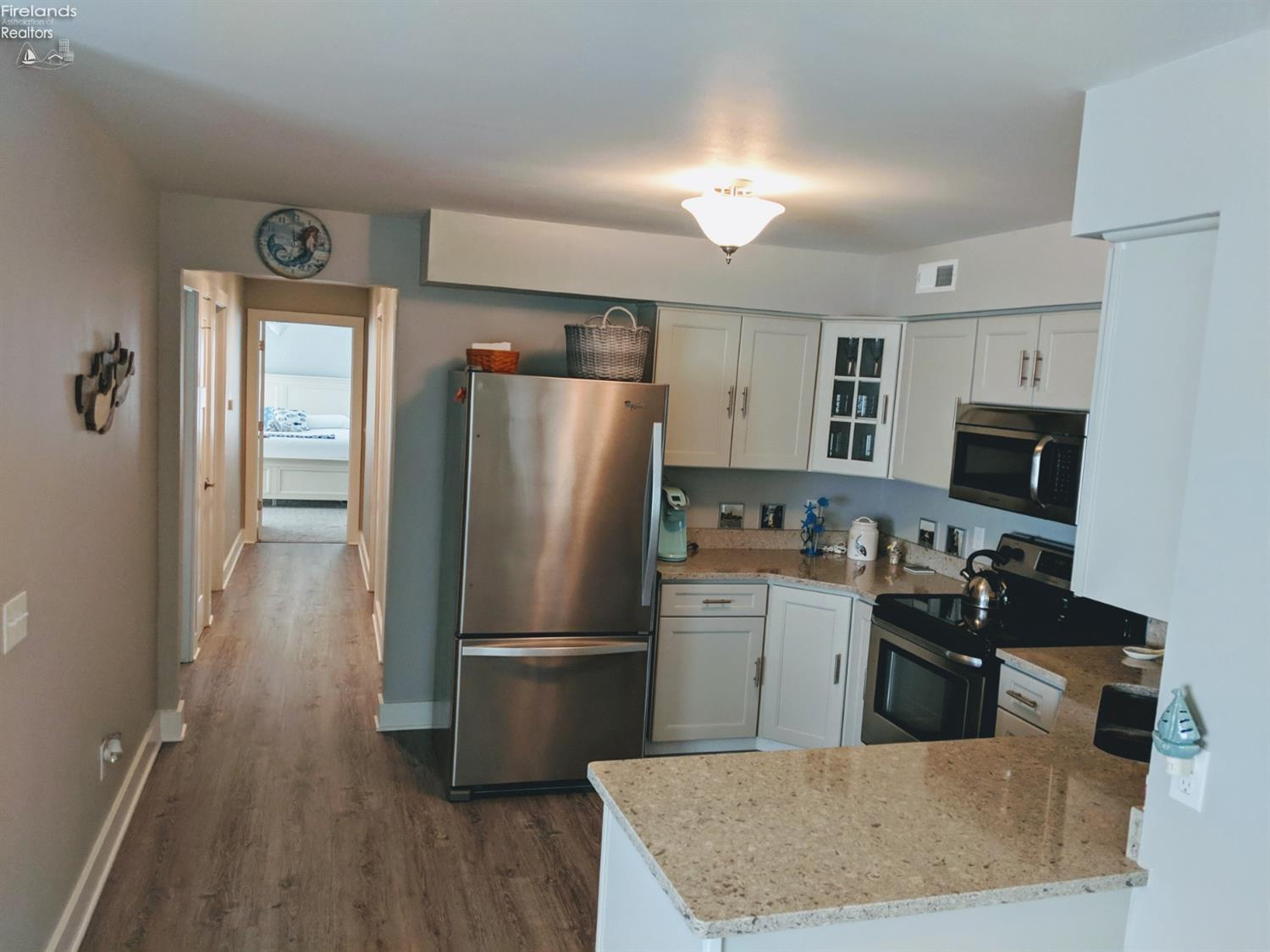 2550 S. WATERSIDE CT #121, MARBLEHEAD, OH 43440  Photo 10