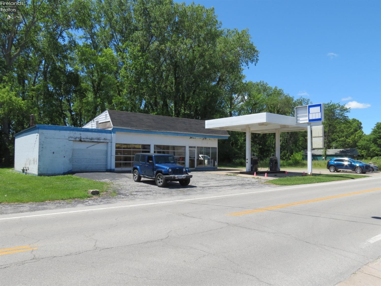 305 W Main Street, Marblehead, OH 43440