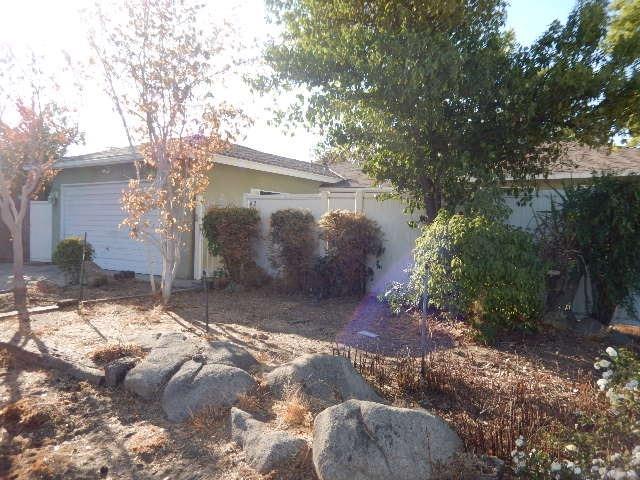 42 W RALL AVENUE, CLOVIS, CA 93612  Photo 3