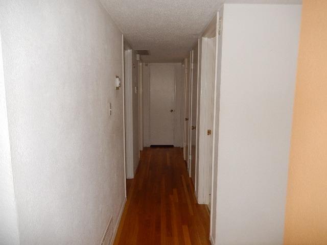 42 W RALL AVENUE, CLOVIS, CA 93612  Photo 17