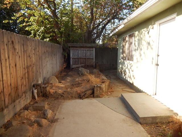 42 W RALL AVENUE, CLOVIS, CA 93612  Photo 27