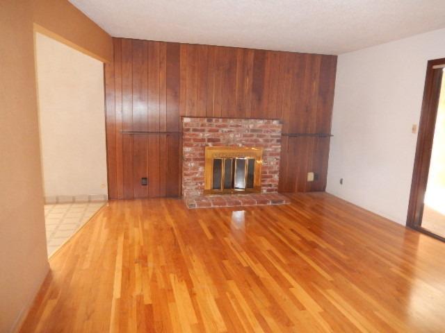 42 W RALL AVENUE, CLOVIS, CA 93612  Photo 10