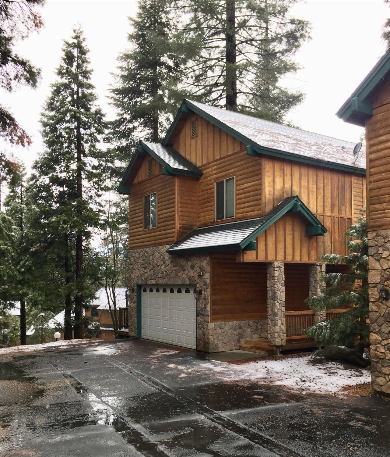 Photo of 40828 Village Pass Lane, Shaver Lake, CA 93664