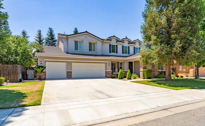 Photo of 952 Carson Avenue, Clovis, CA 93611