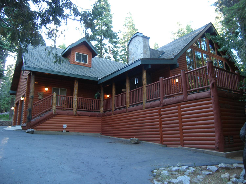 Photo of 41812 Gray Rock Lane Lane, Shaver Lake, CA 93664