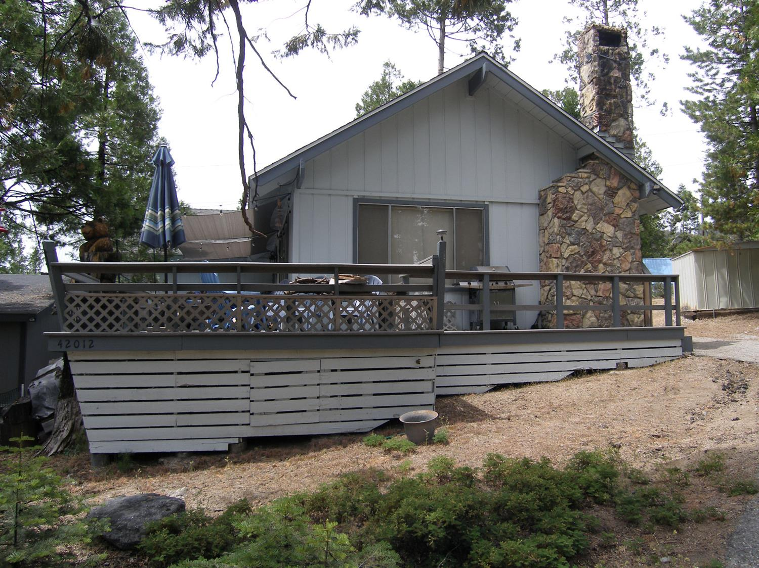 Photo of 42012 Madrone Lane, Shaver Lake, CA 93664