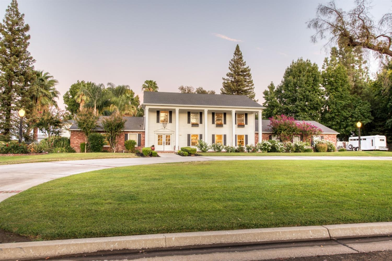 Photo of 546 N Golf Links Avenue, Fresno, CA 93737