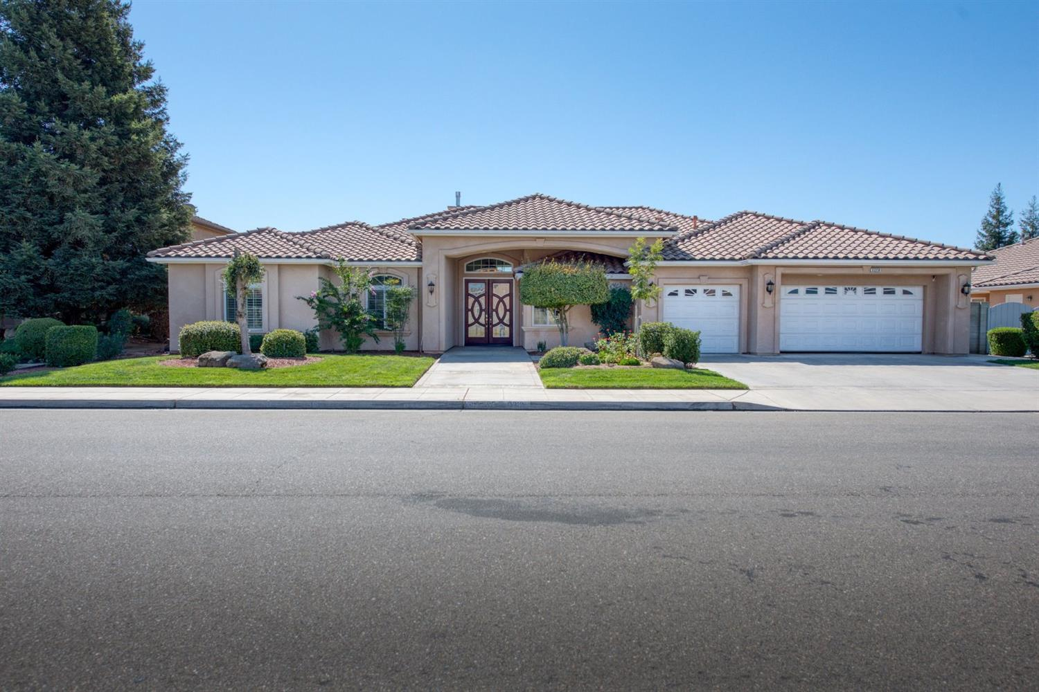 Photo of 3210 Fairfield Way, Madera, CA 93637