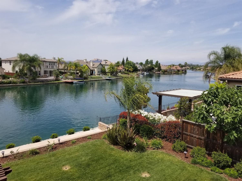 Photo of 10786 E Fountain View, Clovis, CA 93619