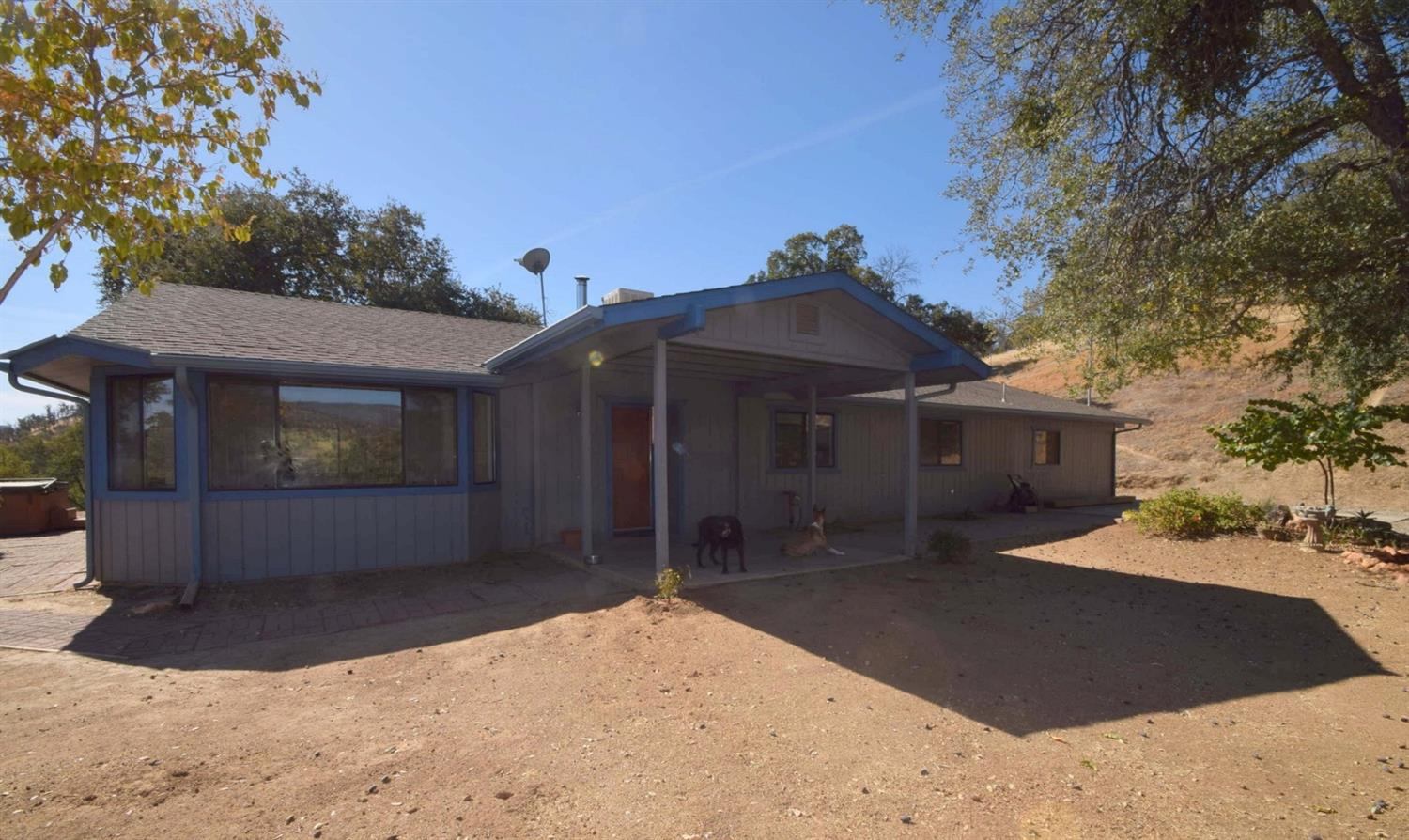 Photo of 30350 Watts Valley Road, Tollhouse, CA 93667