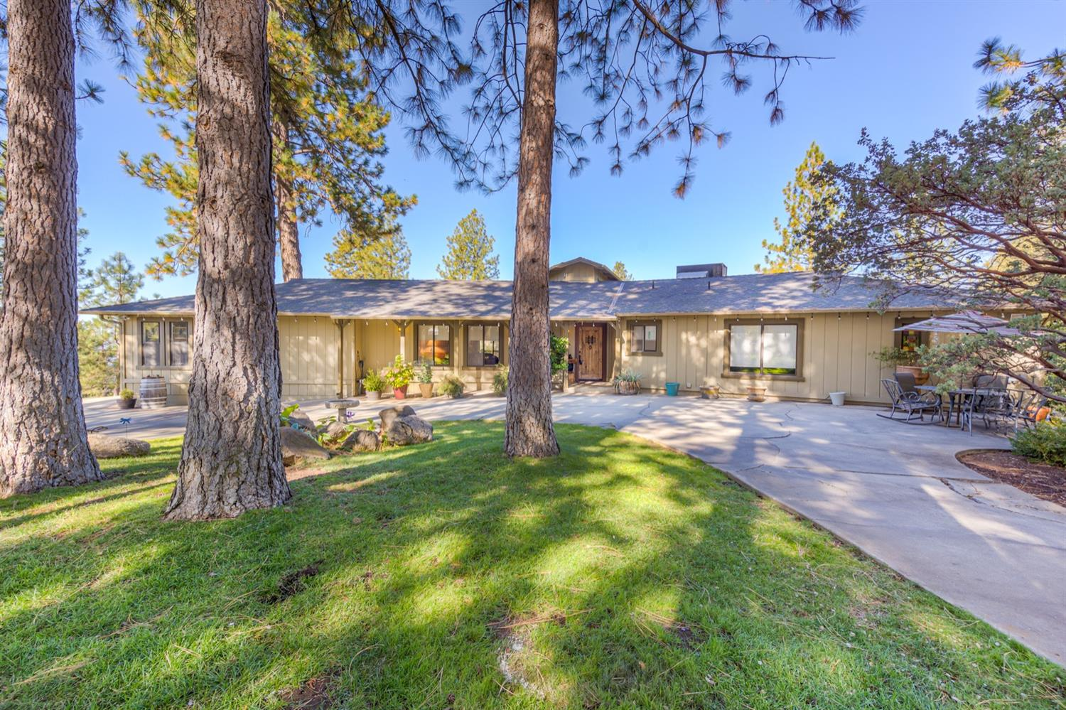 Photo of 52052 Road 426, Oakhurst, CA 93644