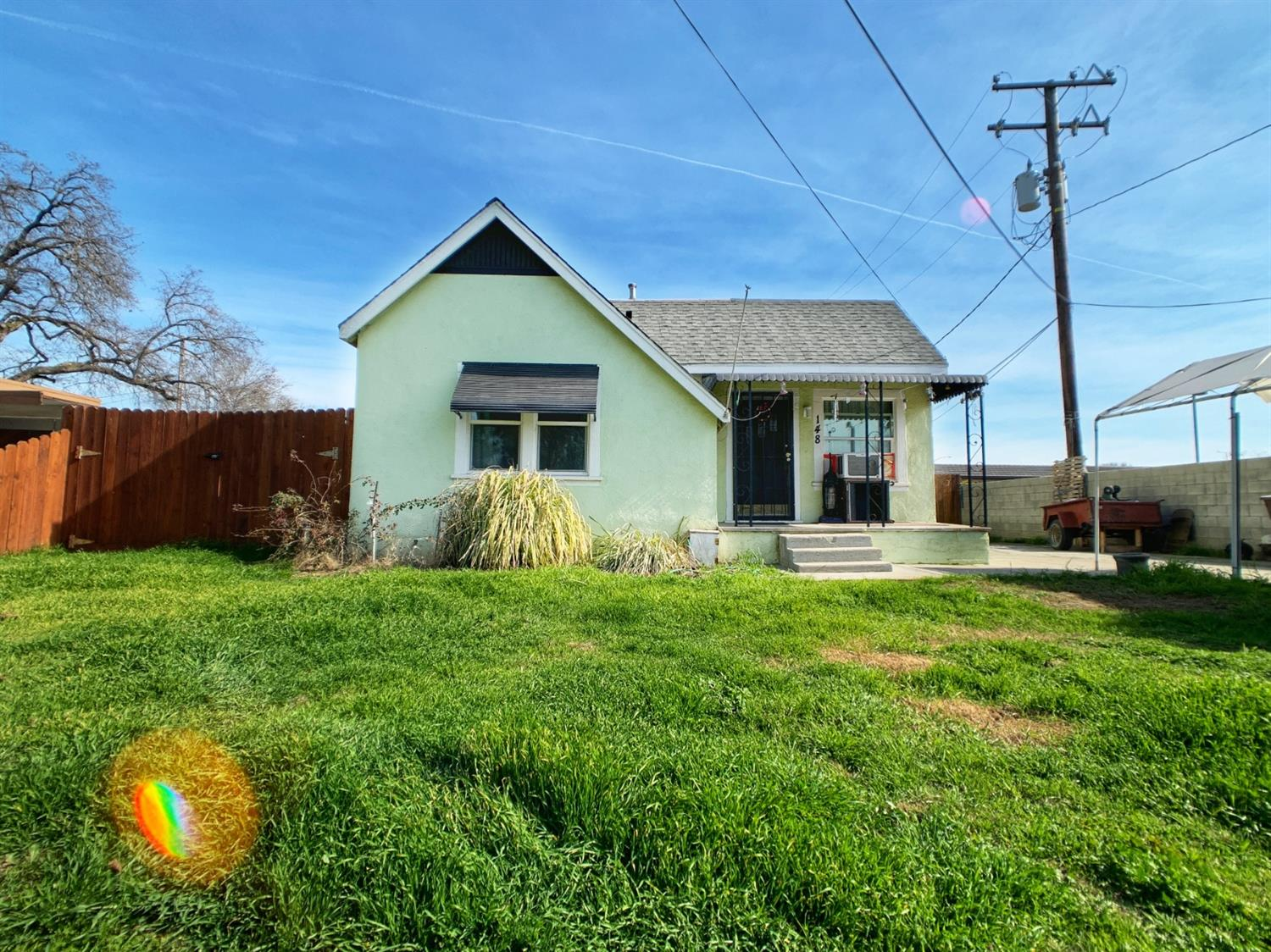 Photo of 148 N Dayton Avenue, Tulare, CA 93274