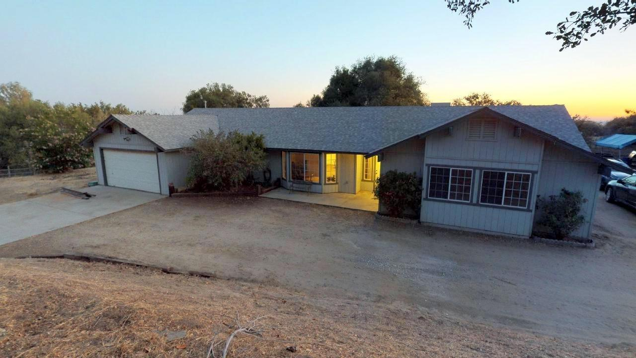 Photo of 32557 Whispering Springs Lane, Tollhouse, CA 93667