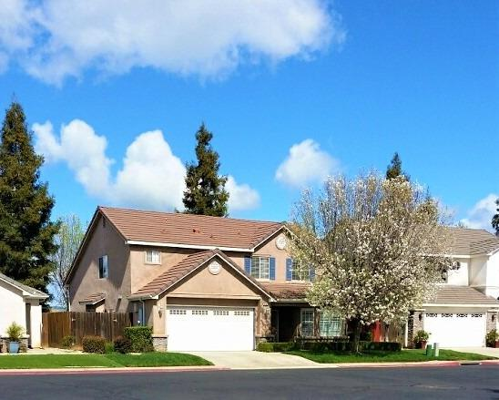 Photo of 1965 Backowski Avenue, Clovis, CA 93611