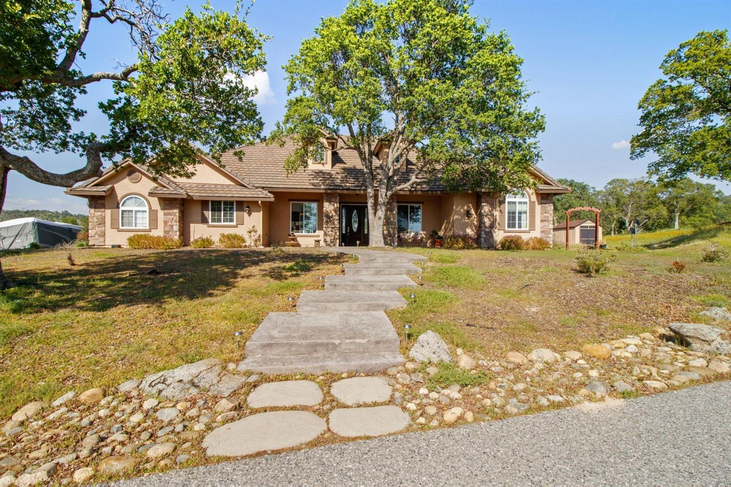 Photo of 30415 Big Rock, Coarsegold, CA 93614