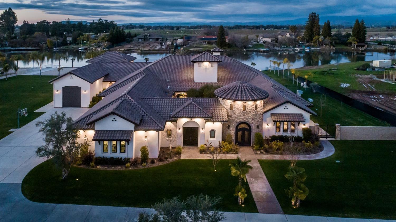 Photo of 11864 E Santa Ana, Clovis, CA 93619