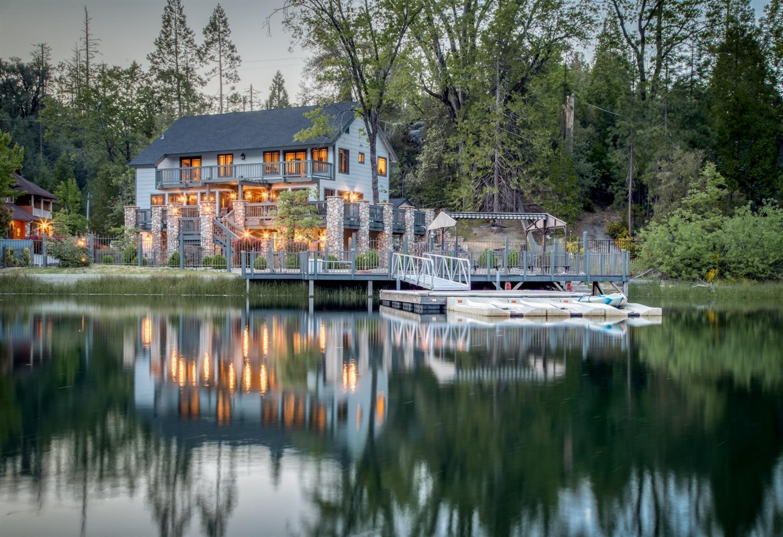 Photo of 54929 Willow Cv, Bass Lake, CA 93604