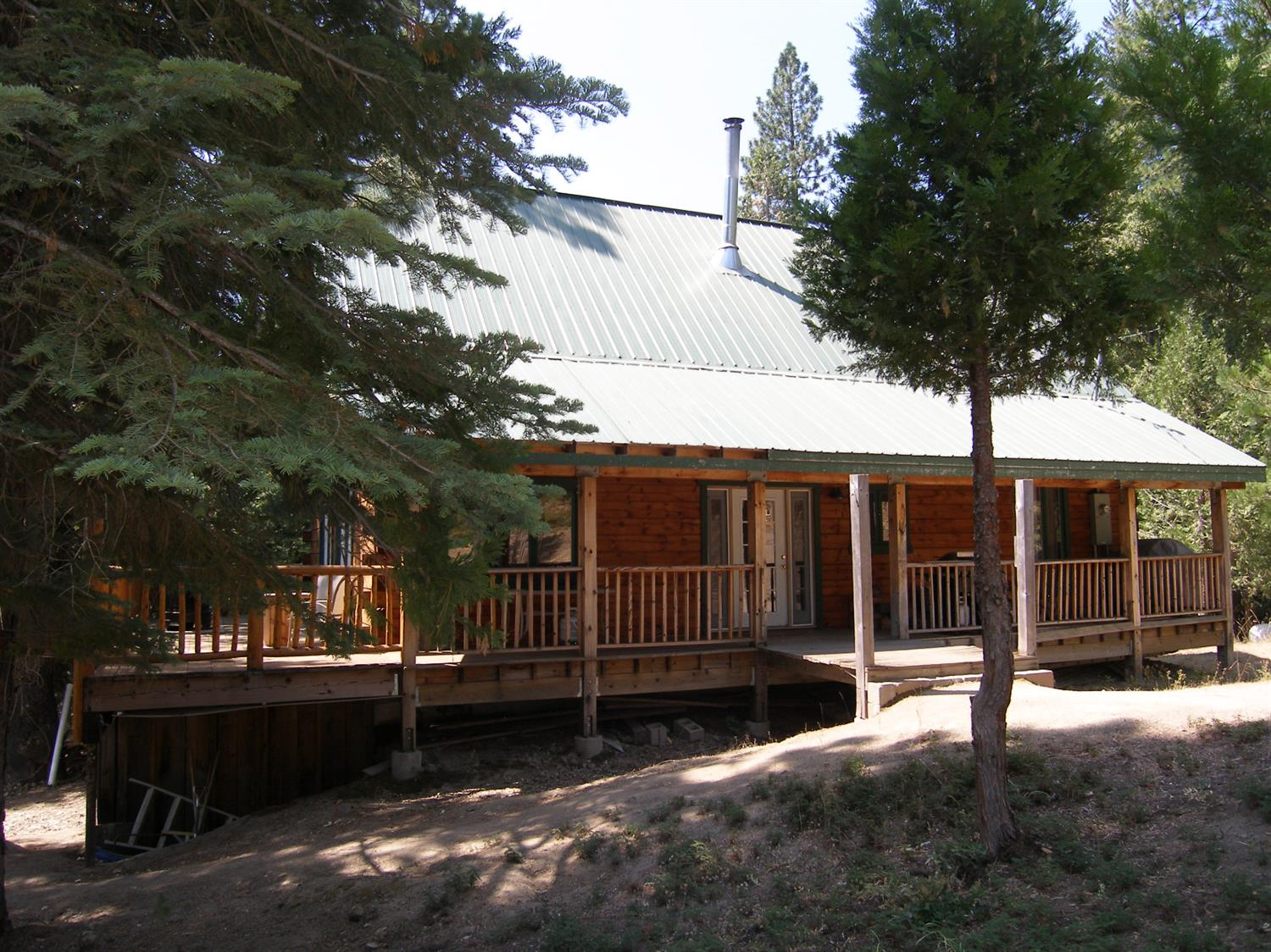 Photo of 42270 Buckeye Lane, Shaver Lake, CA 93664