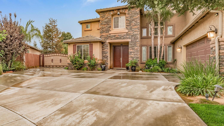 Photo of 5922 N La Ventana Avenue, Fresno, CA 93723