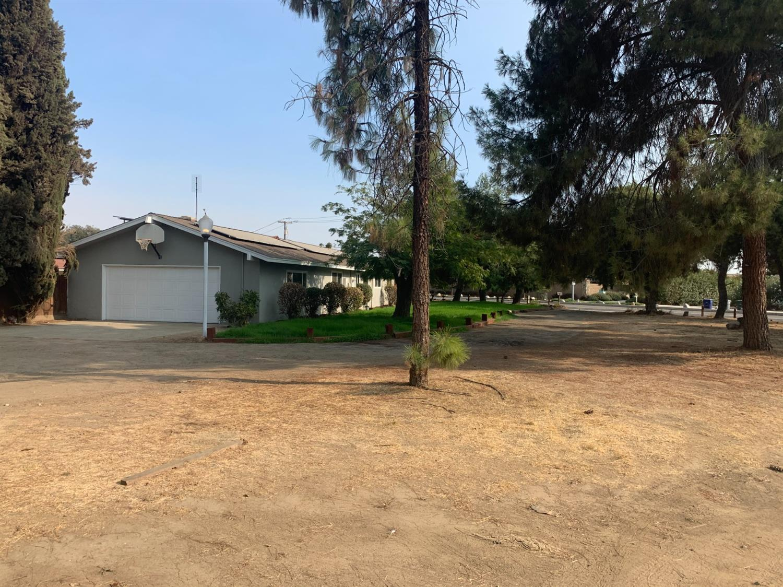 Photo of 7496 E Bullard Avenue, Clovis, CA 93611