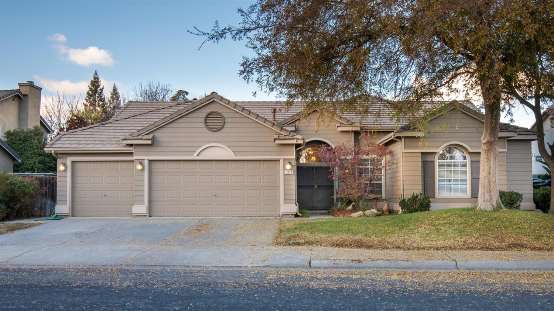 Photo of 2329 Houston Avenue, Clovis, CA 93611
