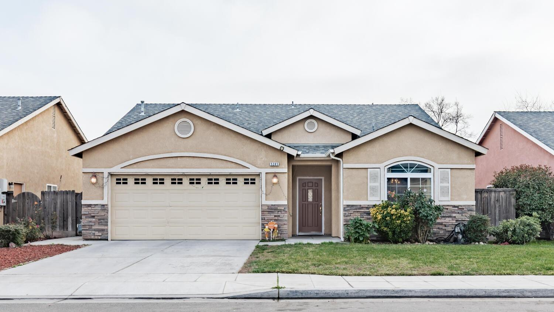 Photo of 5285 W Norwich Avenue, Fresno, CA 93722