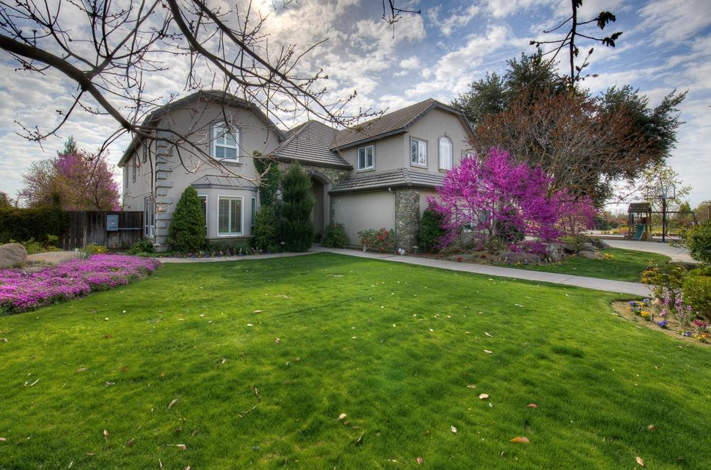 Photo of 2758 N Highland Avenue, Fresno, CA 93737