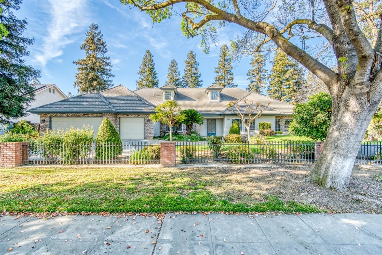 Photo of 565 W Alluvial Avenue, Clovis, CA 93611