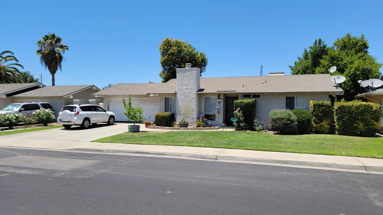 1304 Pierce Drive, Clovis, CA 93612