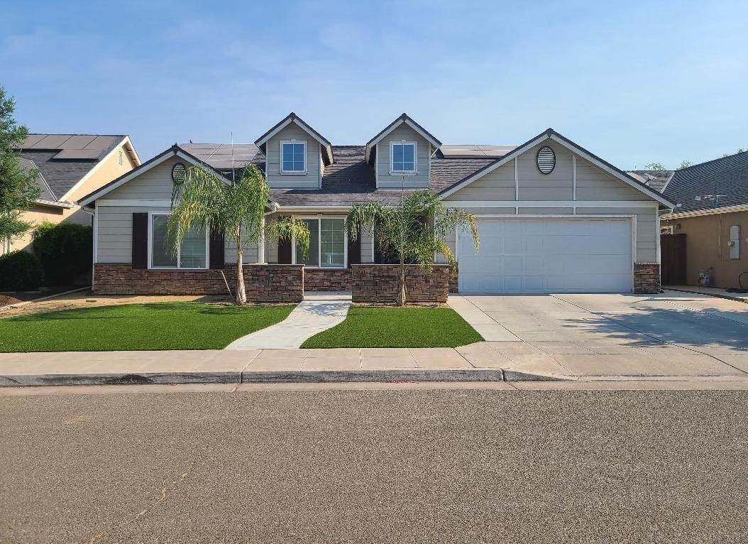 Photo of 6938 E Andrews, Fresno, CA 93727