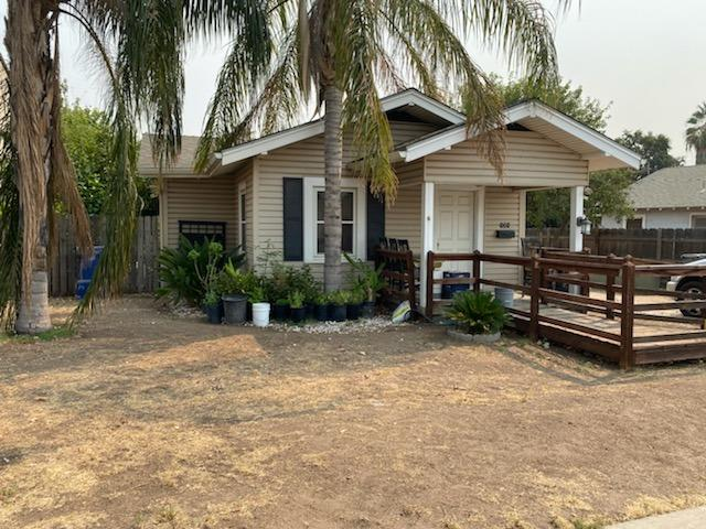 121 S Backer Avenue, Fresno, CA 93702