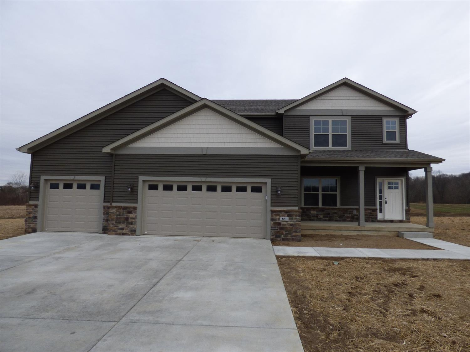 881 FARMVIEW DRIVE, VALPARAISO, IN 46383