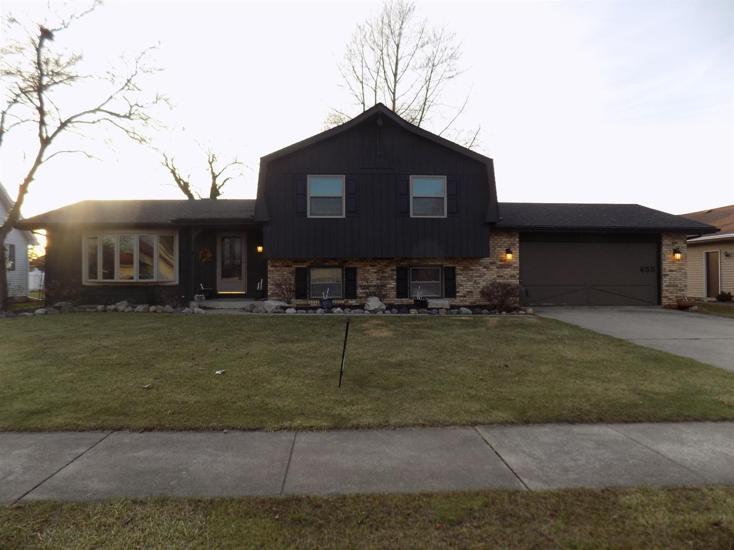Gniarmls Homes For Sale