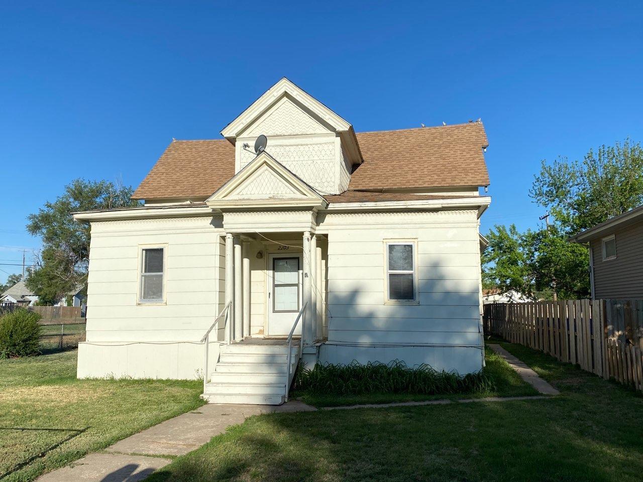 2103 N 7th Street, Garden City, KS 67846