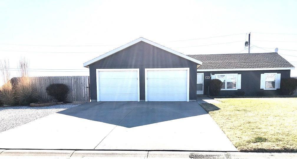 1005 Smith Avenue, Lakin, KS 67860