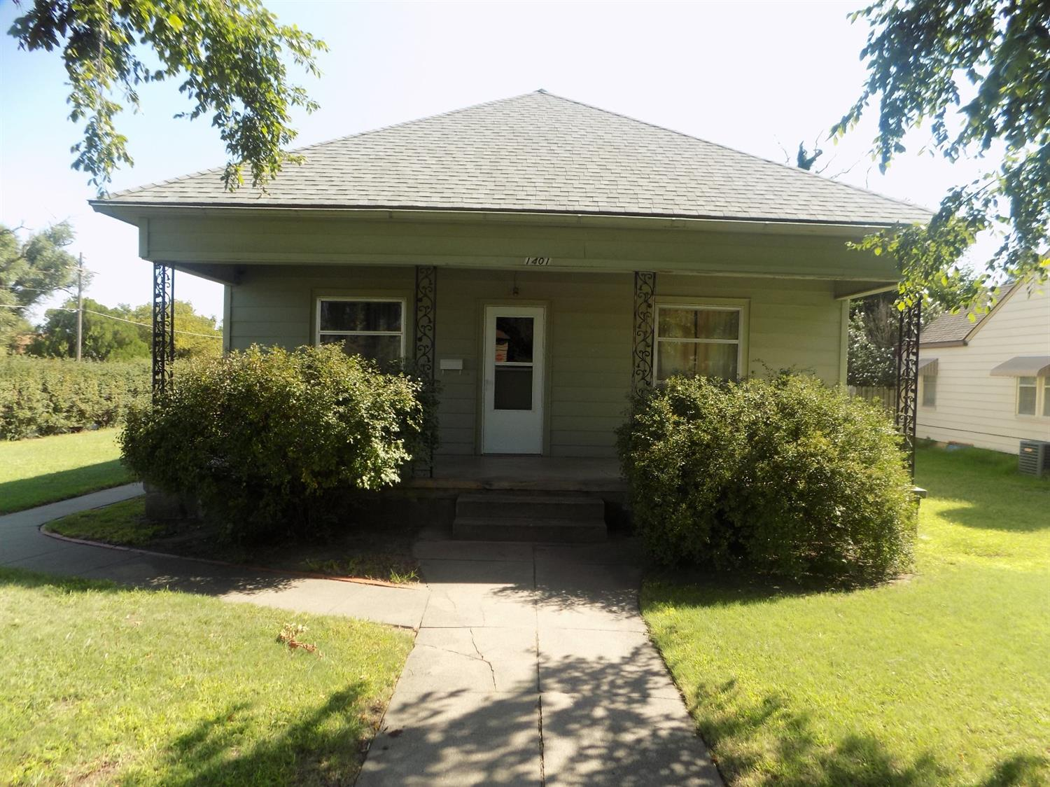 2 for the price of 1! Main home on 12th St. has 3 bedrooms/1.5 baths. Bonus home on Frey has 2 bedrooms/1 bath built in 1925 with 696 sq. ft.    Central heat and air- 2 years ago    New roof with 50yr warranty through Vision roofing- End of last summer    Kitchen, hallway, laundry room, and bathroom completely gutted and remodeled- by christmas 2017.    New concrete in the drive way- 2 years ago    New sewer line and all new water plumbing in the rental. Roughly 5 years ago    Metal shed on the side comes with house    Washer and dryer does not go with house.    Stove, fridge, and dish washer goes with house.    Rental comes with fridge and stove.