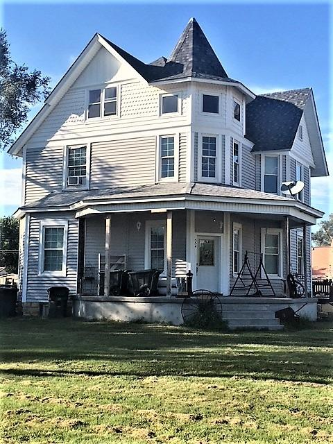 Stately older home in various states of remodel. Some TLC and sweat equity turns this bargain into a beautiful show home. Located in west Hoisington near a park and Elementary School. Make your appointment to view it now!!!