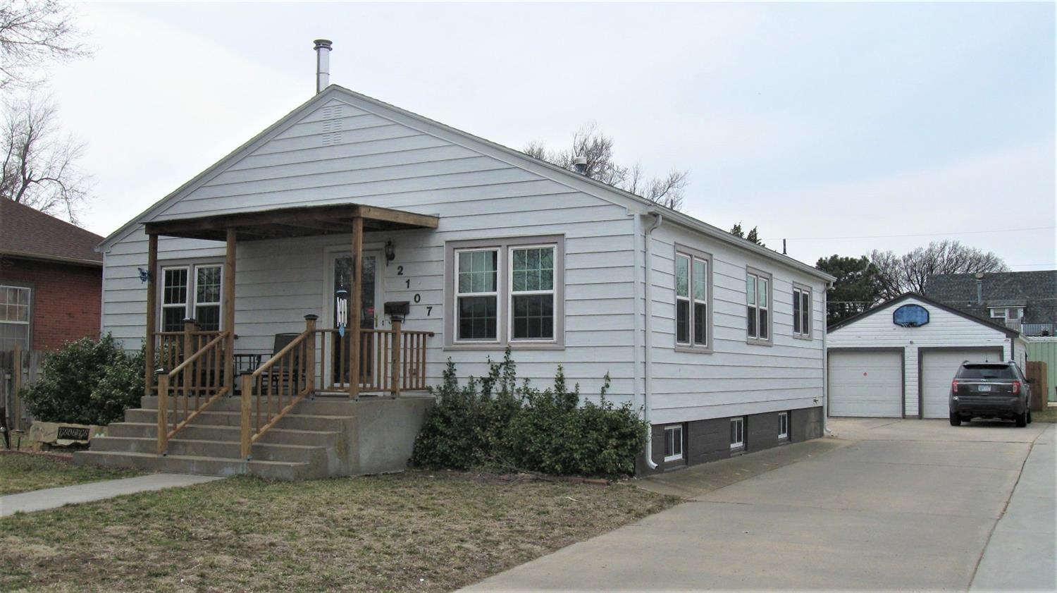 If your looking for a basement that has stayed dry you must see this steel sided home with open living room and dining room, updated kitchen with oak cabinets, 3 bedrooms on ground floor, finished basement with family room, 4th & 5th non-conforming bedrooms, 2nd bathroom, replacement windows, fenced yard, and double detached garage.