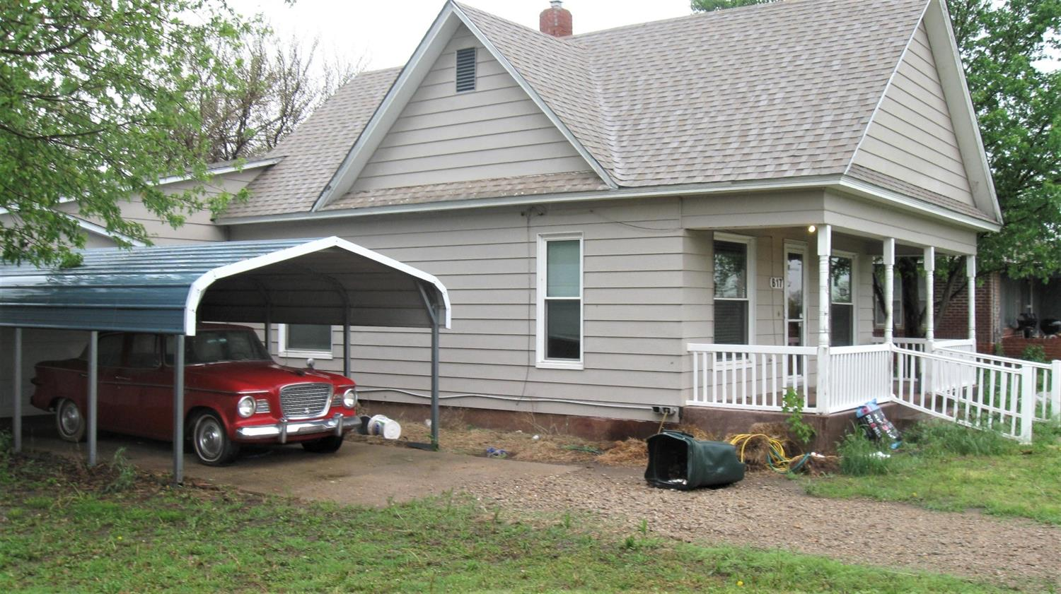 Nice property with 2 bedrooms & 1 bathroom. Many updates done, CH/CA 2016, New windows, Updated bathroom, New kitchen with beautiful hickory cabinets & tile floor. Plus 4 carports. Vacant lot at 617 Cunnife Ave goes along with 621 85' x 140', Demolished house is buried on the 617 property. Property selling AS IS.